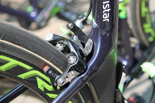 d140b2cc1f0 We spotted Shimano Dura-Ace brakes on some of the Movistar Canyon Aeroad  bikes (which utilises Direct Mount brakes) with the logos removed, ...