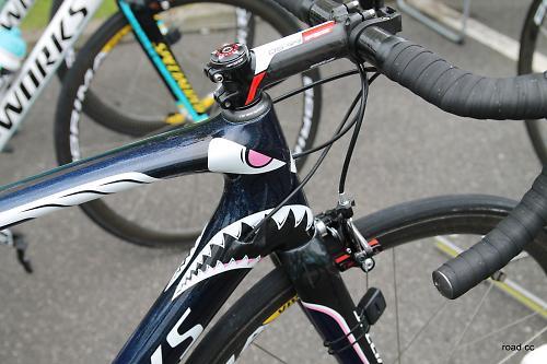 Tour Tech 2014 Vincenzo Nibali S Shark Specialized Tarmac