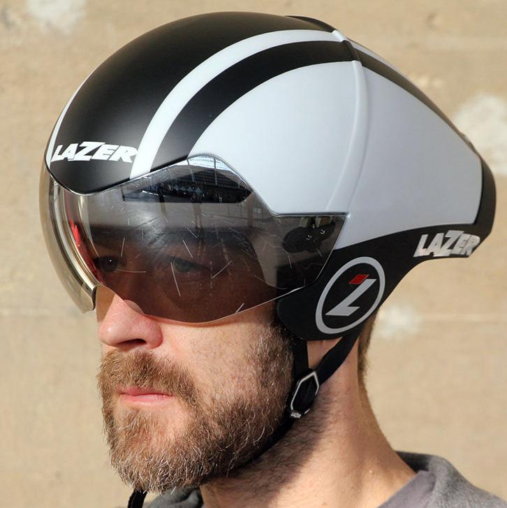Аэродинамический велосипедный шлем