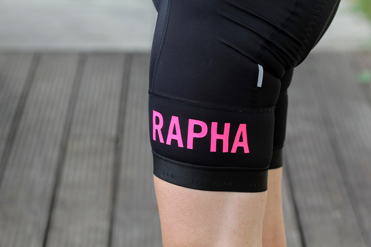 Some manufacturers are moving away from this approach to broad highly  elasticated hems that rely on compression to keep the legs in place. 92f6c32da