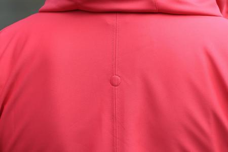 Gore Power Trail Lady Windstopper Soft Shell Hoody - hood magnet detail 2.jpg