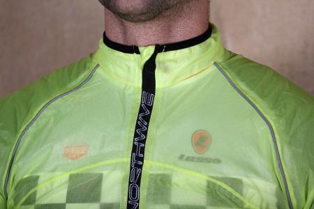 Northwave Acqua Pro Rainshield Jacket - collar.jpg