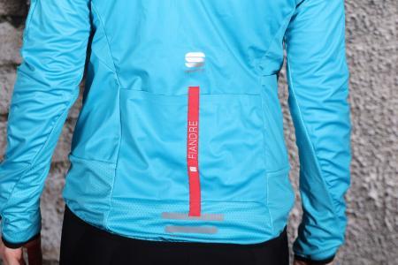 Sportful Fiandre Light WS W Jacket - pockets.jpg