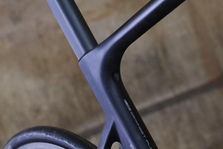 Storck Aerfast Platinum - seatpost clamp.jpg