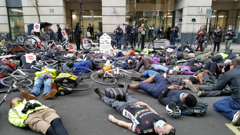 Stop Killing Cyclists #PollutionProtest Die in