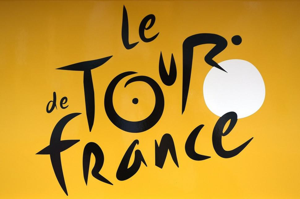 Tour de France logo on yellow 3x2