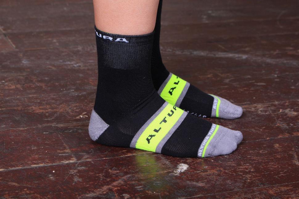Altura Dry Elite Sock - side.jpg