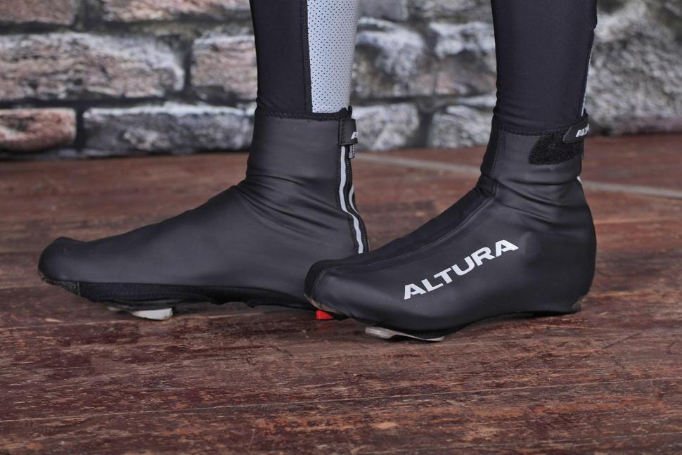 Altura Etape II Overshoe - pair.jpg