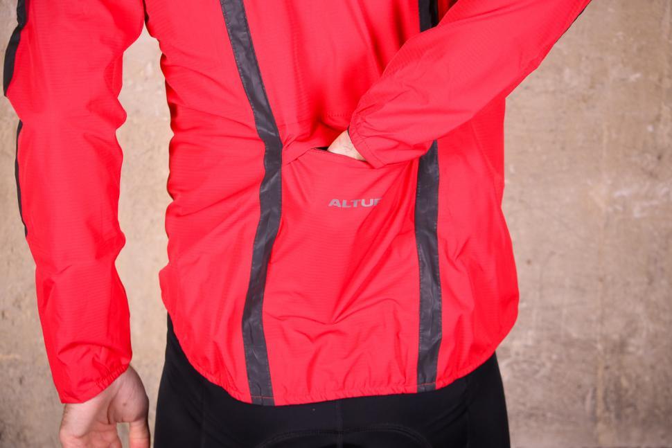 Altura Nightvision Waterproof Jacket Team Red - pocket.jpg