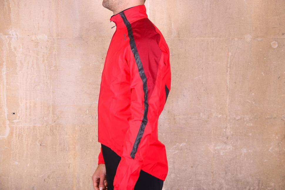 Altura Nightvision Waterproof Jacket Team Red - side.jpg
