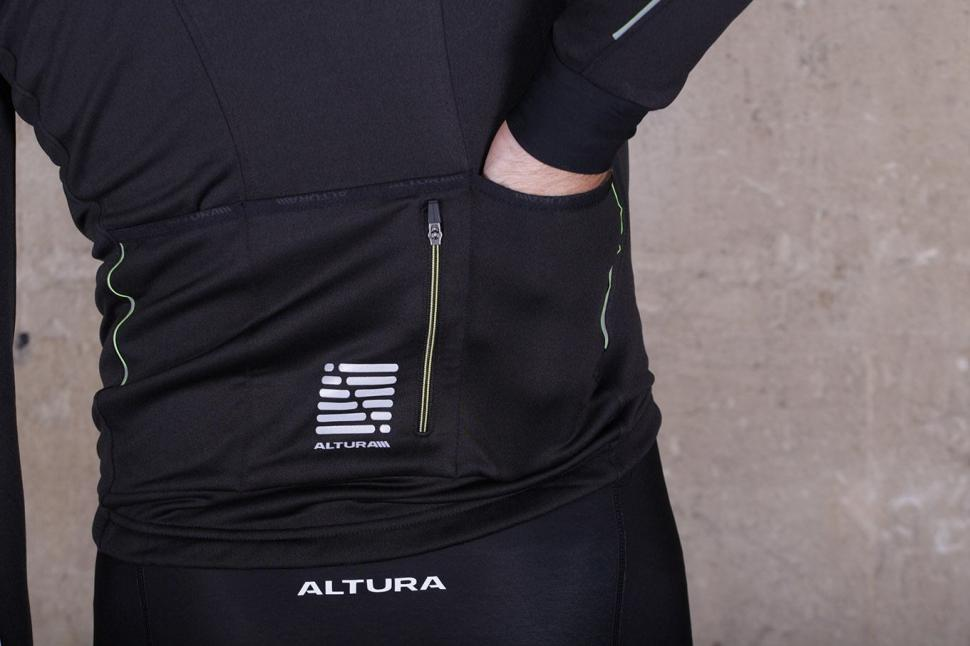 Altura Peloton Long Sleeve Jersey - pockets .jpg