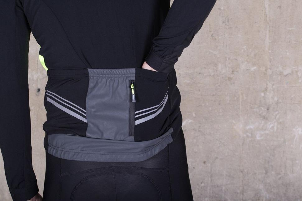 Altura Podium Elite Thermo Shield Jacket - pockets.jpg