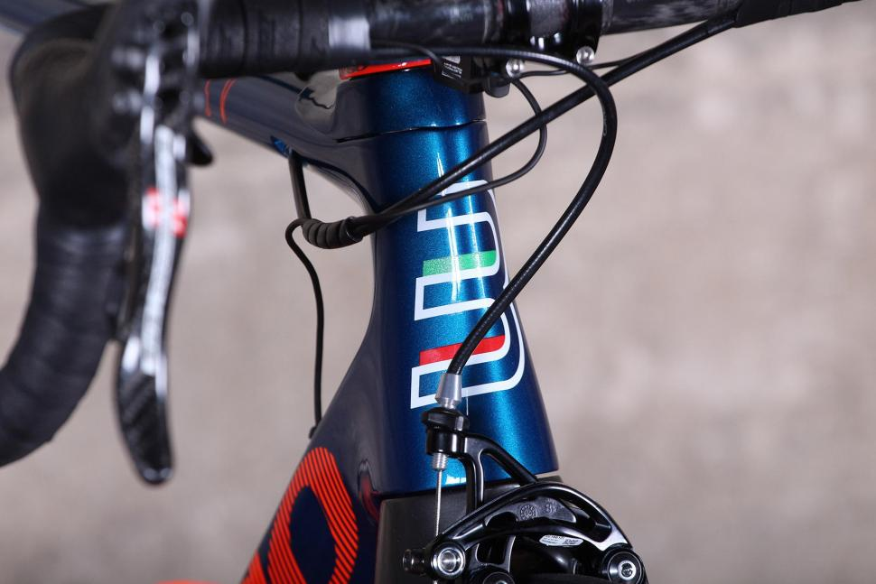 Basso Diamante SV - head tube badge.jpg