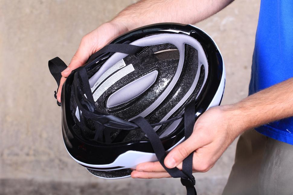 BBB Tithon Helmet - inside.jpg