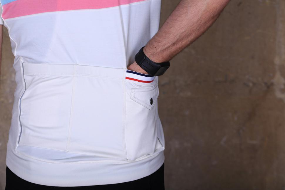 Bontrager Classique Jersey - pocket.jpg