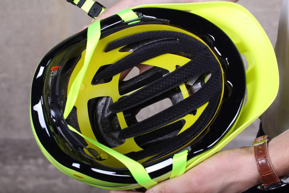 Mips Bike Helmet >> Review: Bontrager Quantum MIPS Helmet | road.cc