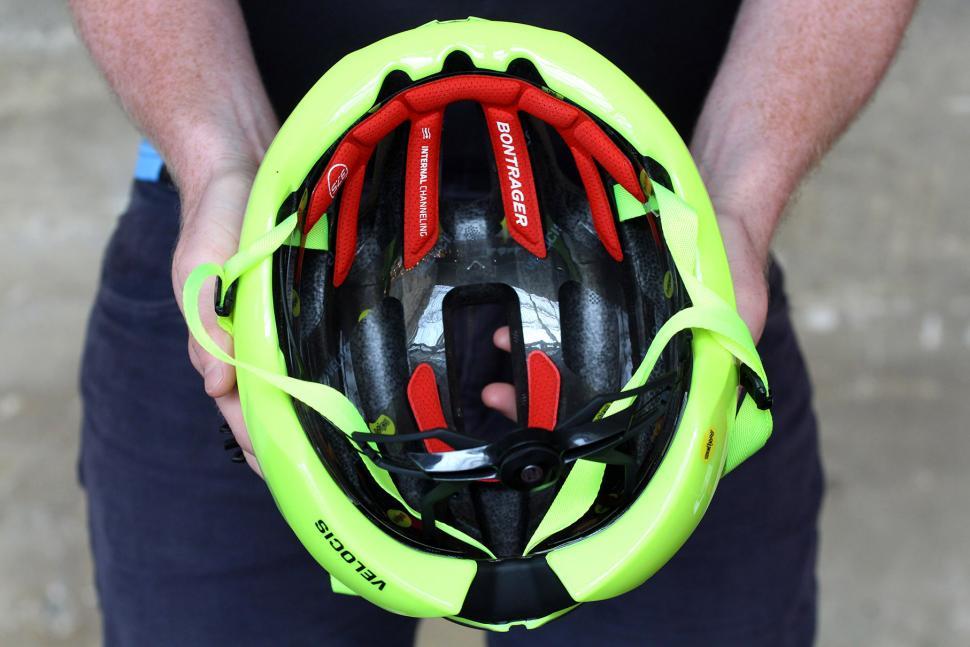 Bontrager Velocis MIPS Helmet - inside.jpg