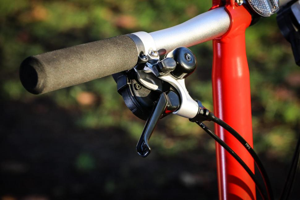 Brompton - bar and lever.jpg