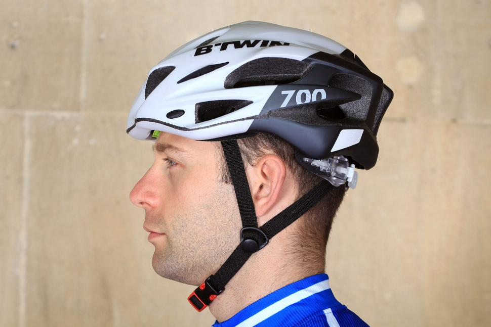 Review Btwin 700 Road Cycling Helmet Road Cc