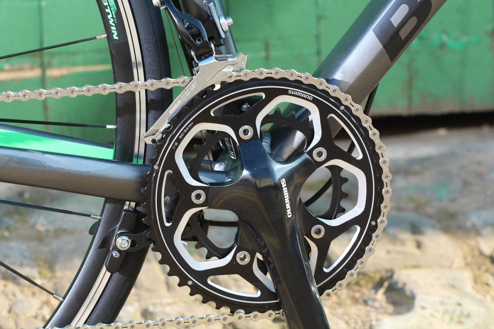 BTwin Ultra 700AF - chainset.jpg
