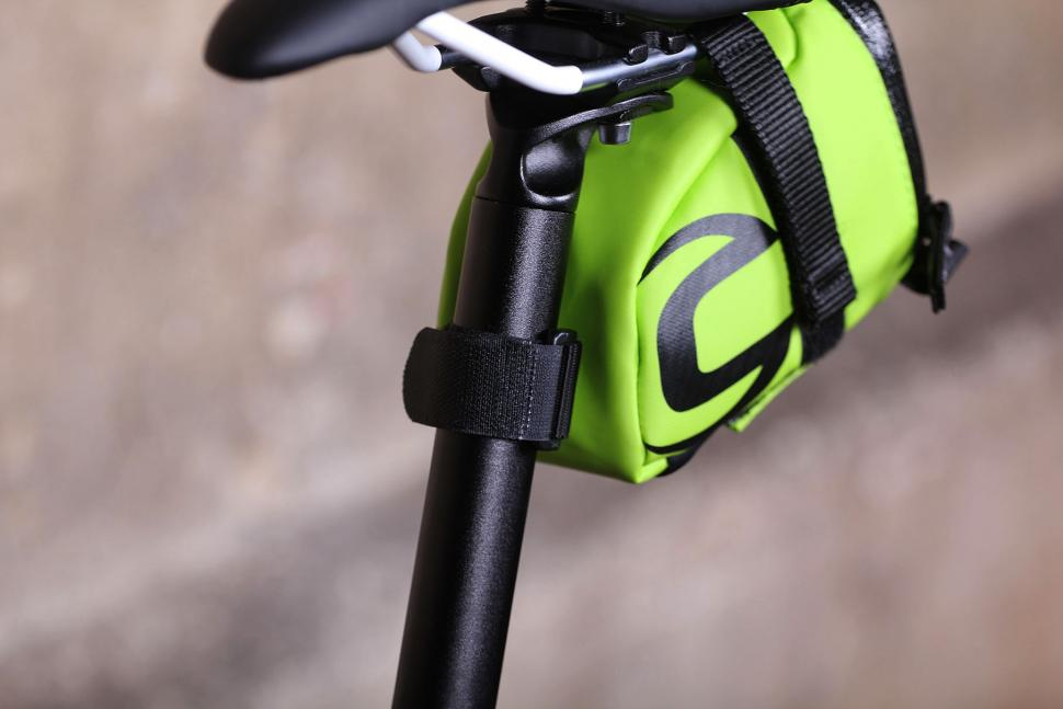 Cannondale Seat Bag - Speedster 2 Medium - mount detail.jpg