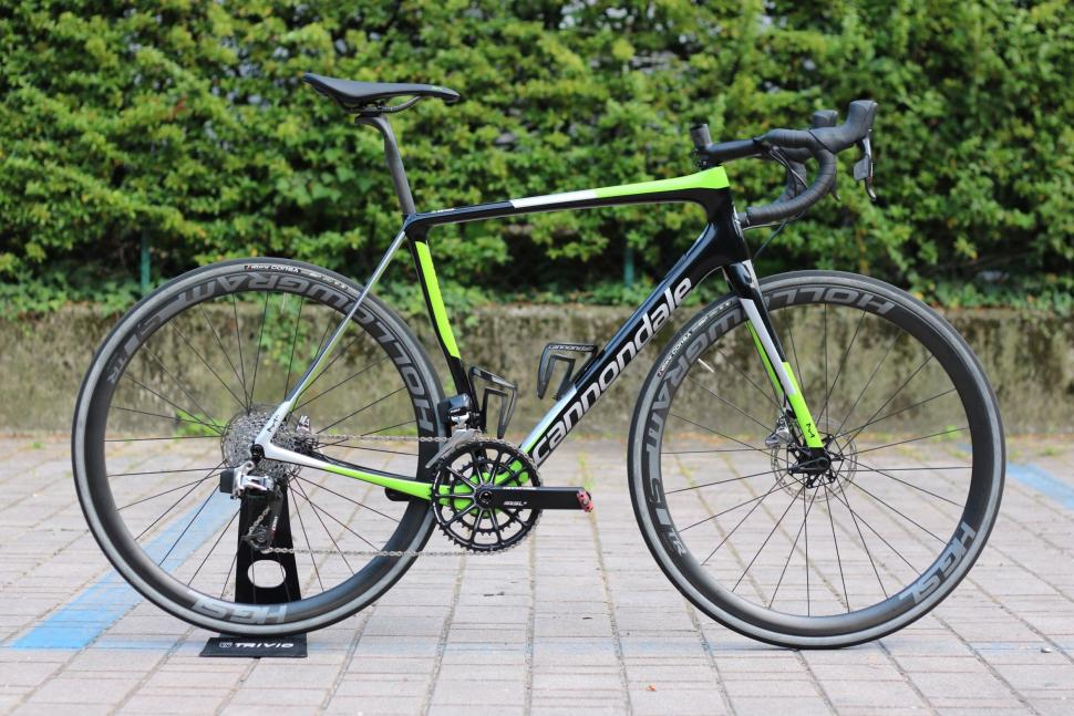 Cycling Cannondale Synapse Lighter Stiffer Frame Wider