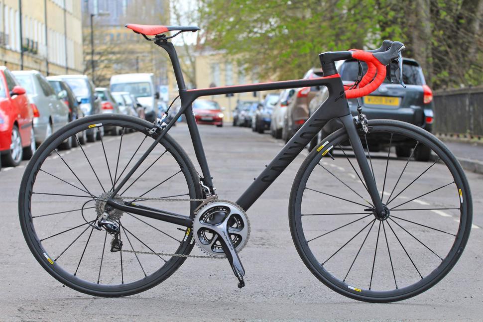 Canyon Ultimate CF SLX - full bike.jpg