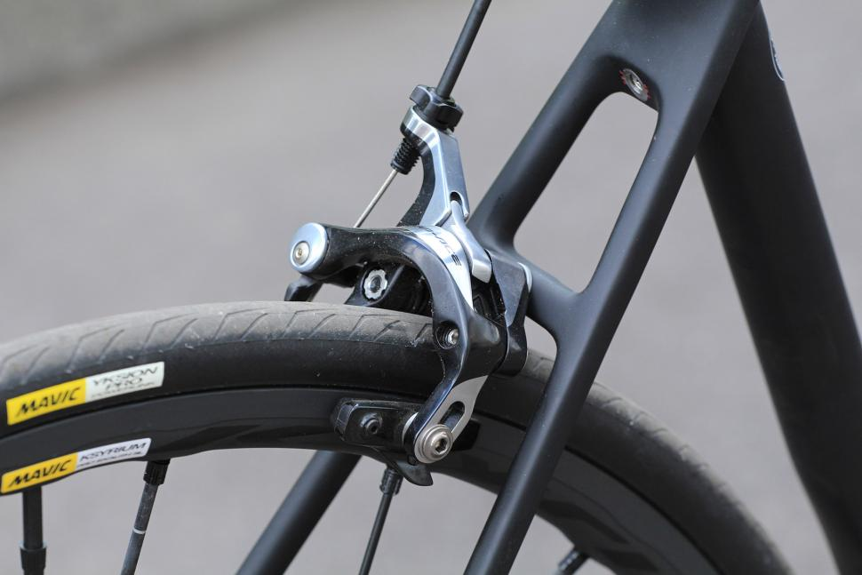Canyon Ultimate CF SLX - rear brake.jpg