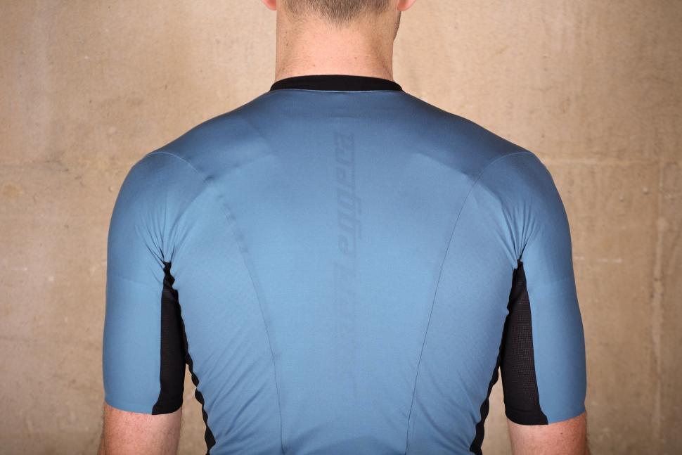 Castelli RS Superleggera Jersey - shoulders.jpg
