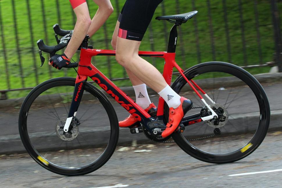Cervelo S3 Disc - riding 2.jpg