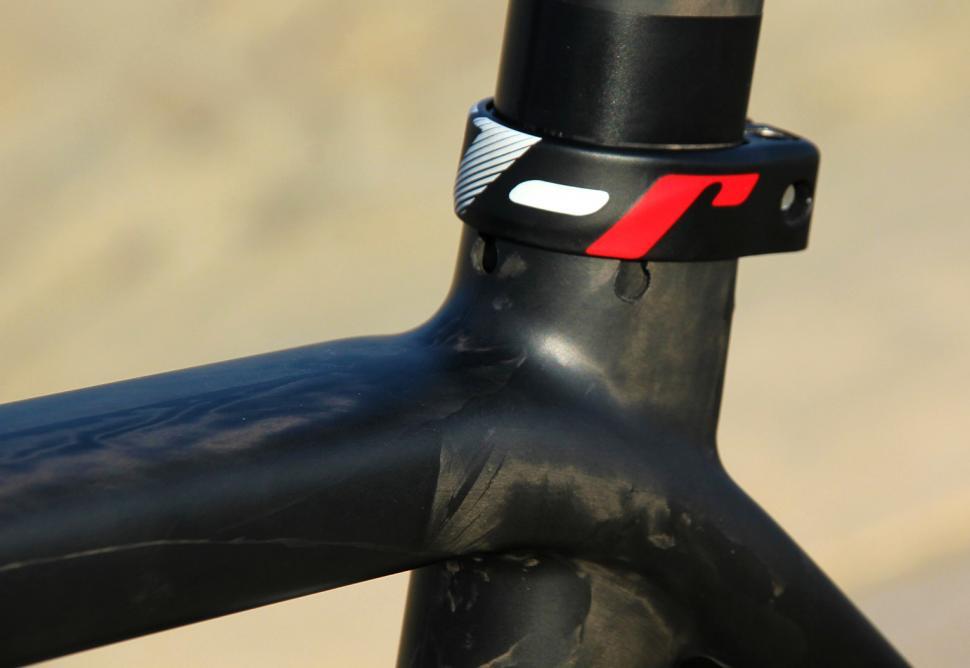 Карбоновая велосипедная рама