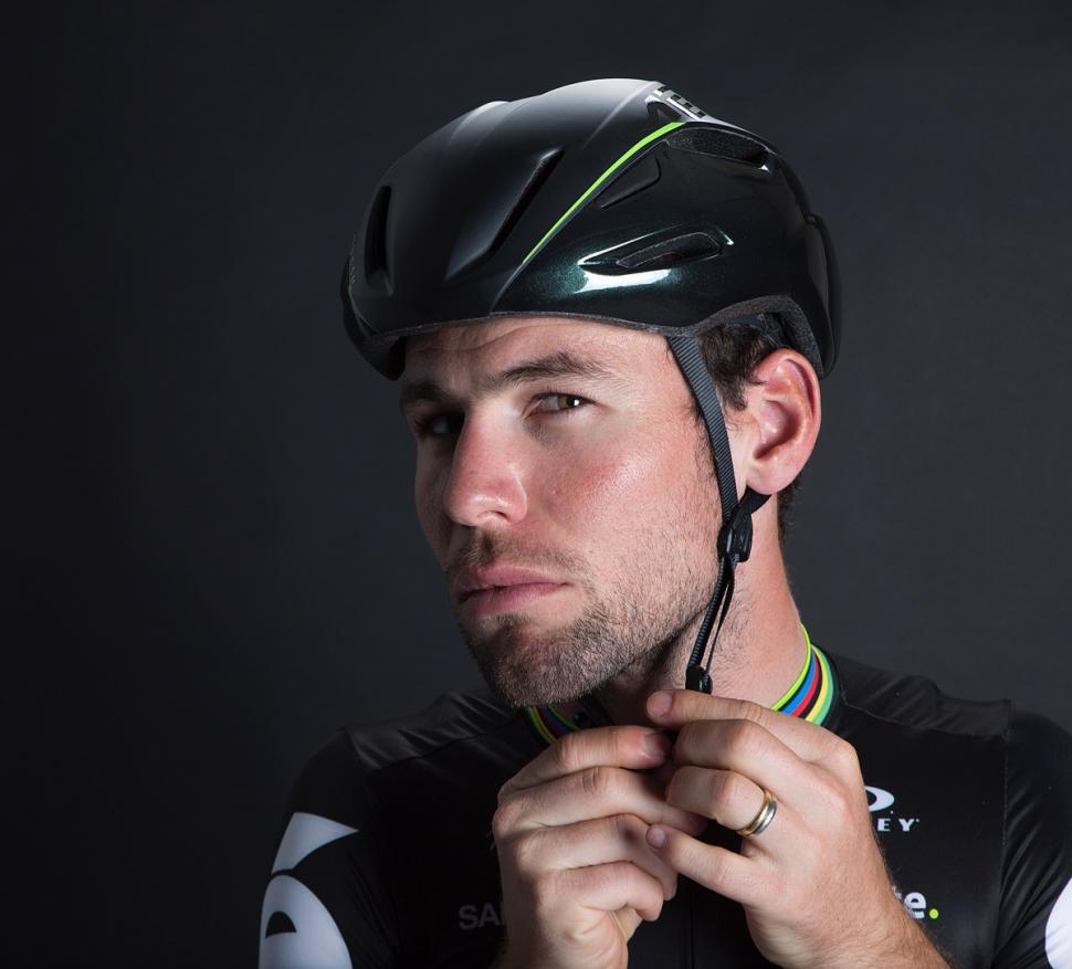 Met Launches Mark Cavendish Cvndish Manta Helmet Road Cc