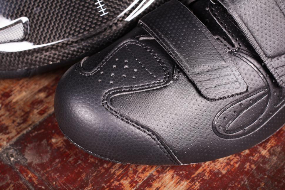 dhb Aeron Carbon Road Shoe Dial - toe.jpg