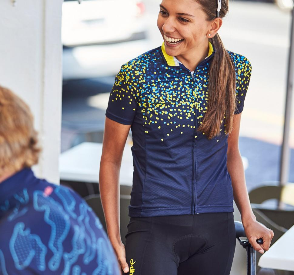 dhb-Blok-Women-s-Short-Sleeve-Jersey-Nova-Short-Sleeve-Jerseys-Navy-Yellow-SS17-27.jpg