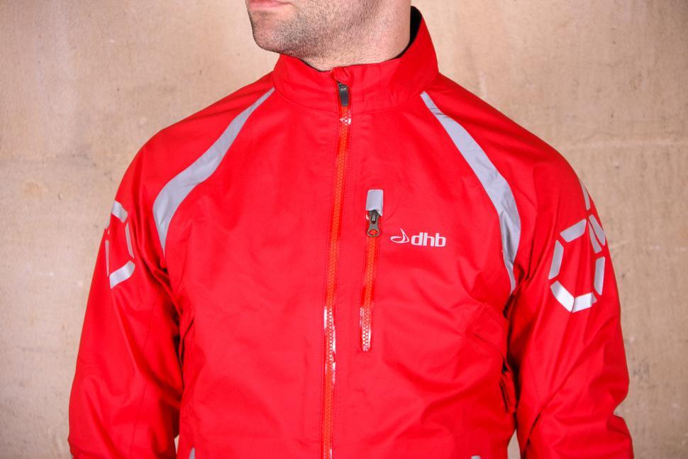 dhb Flashlight Force Waterproof Jacket - chest.jpg