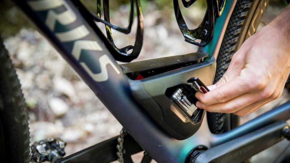 Specialized Diverge 2018 Future Shock Wider Tyres And