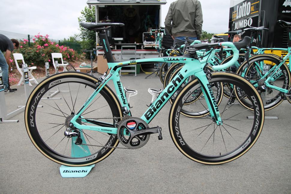 First Look Bianchi Oltre Xr4 Cv Make Me Feed