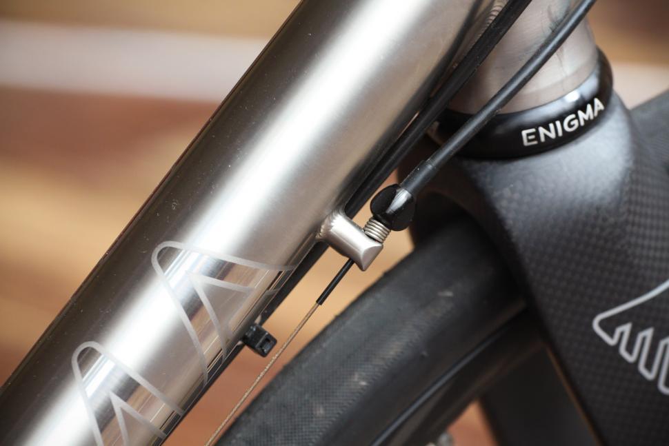 Enigma Evoke - cable route.jpg