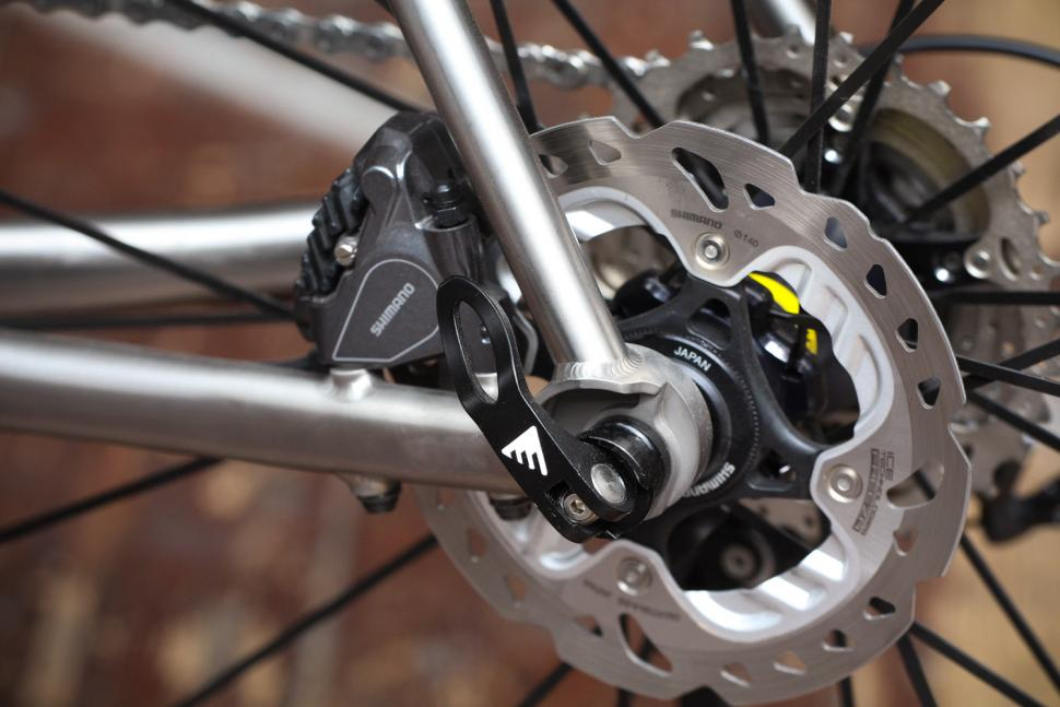 Enigma Evoke - rear disc brake.jpg