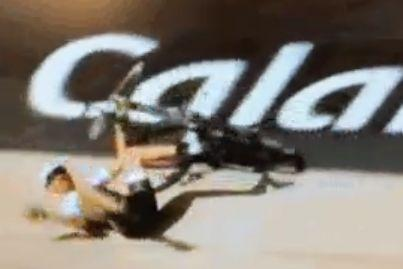 Fabian Cancellara Roubaix velodrome chute (source Twitter).JPG
