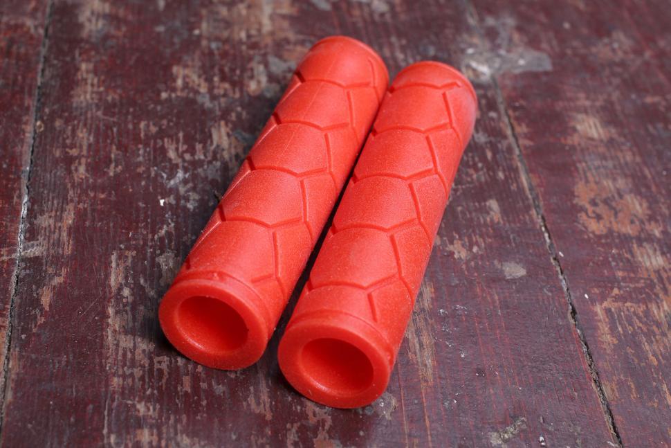 Fabric Silicone Grip.jpg