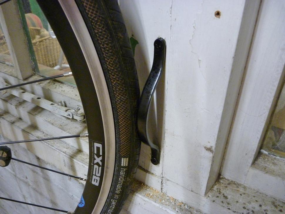 Feedback Sports Velo Hinge - bottom wheel supports.jpg