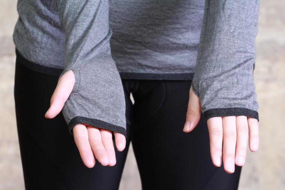 Findra Marin Cowl Neck Stripe Base Layer - cuffs.jpg