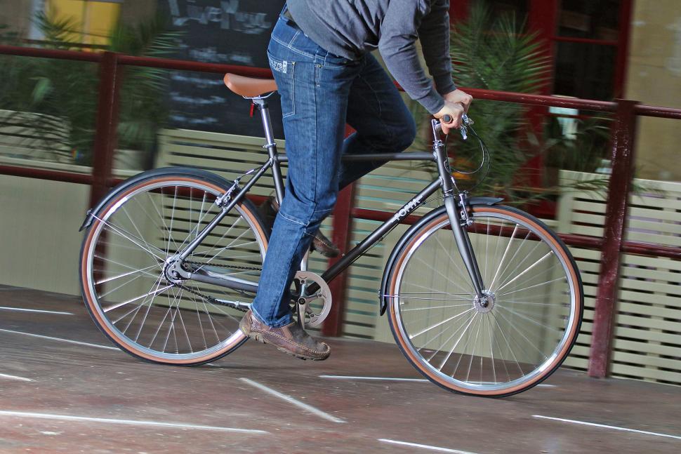 Foffa Urban - riding 1.jpg