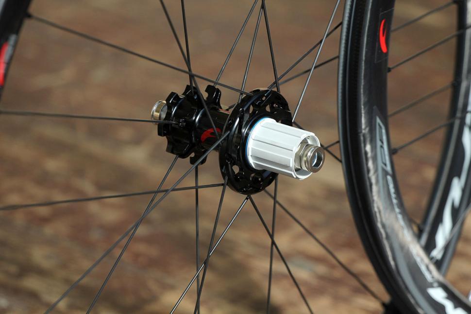 Fulcrum Racing Quattro Carbon DB wheelset - rear hub.jpg