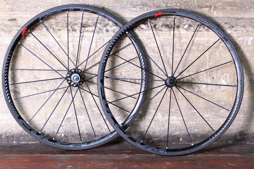 Fulcrum Racing Zero Carbon Road Wheels.jpg