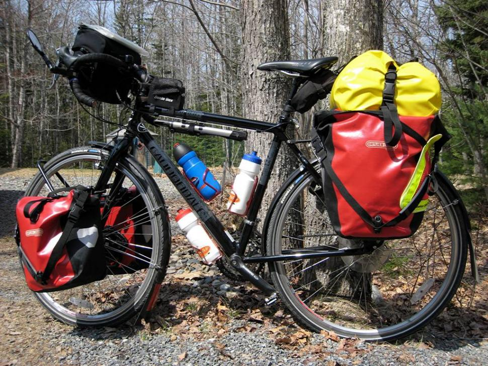 Beginner S Guide To Cycling Luggage How To Carry Stuff
