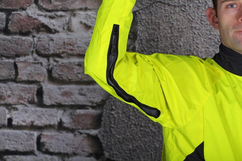 Funkier Attack WJ-1327 Gents Waterproof Jacket - vent arm.jpg