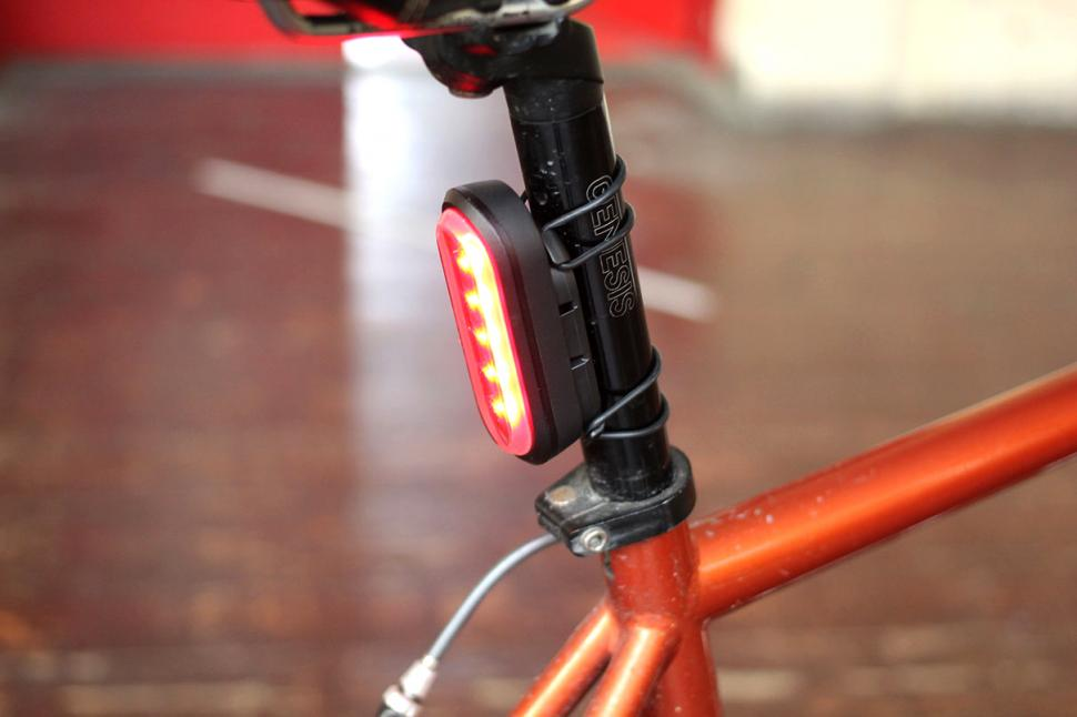 Garmin Varia Smart bike Lights - rear mount 2.jpg