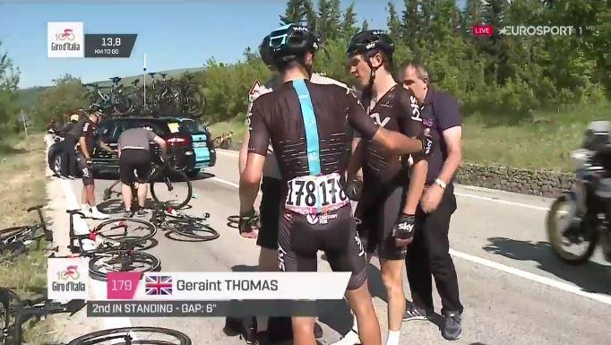 Geraint Thomas Giro d'Italia 2017 crash.JPG